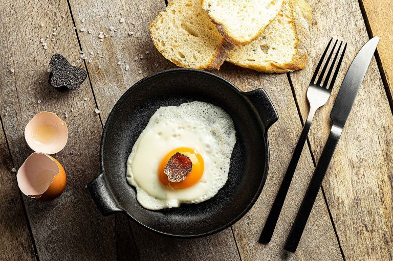 Pietro&Pietro recepti - Jaje na oko s crnim tartufom